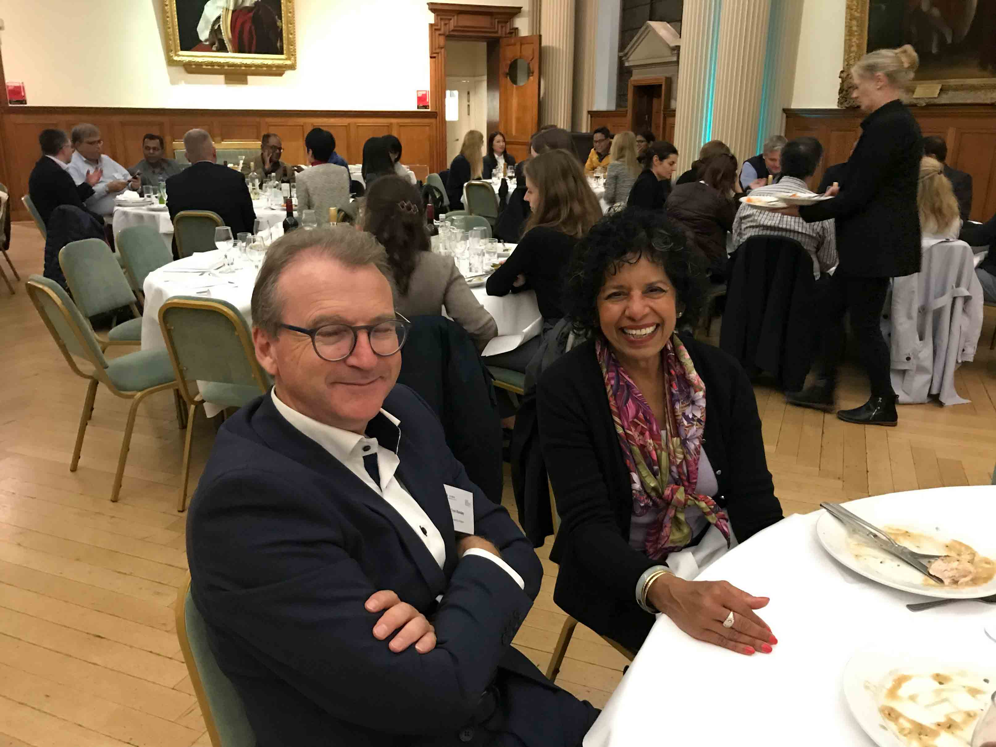 Trond Randøy and Meena Thuraisingham enjoy the lovely setting of Moot Hall.